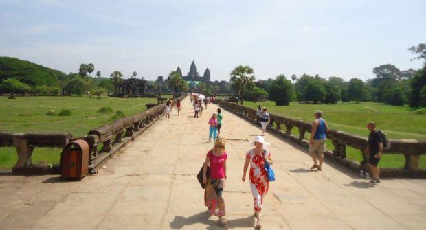 angkor Wat- Leny Keo