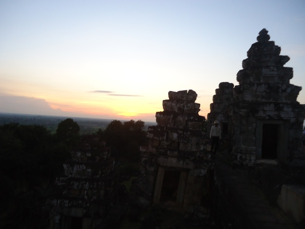 Sunset Bakheng Temple